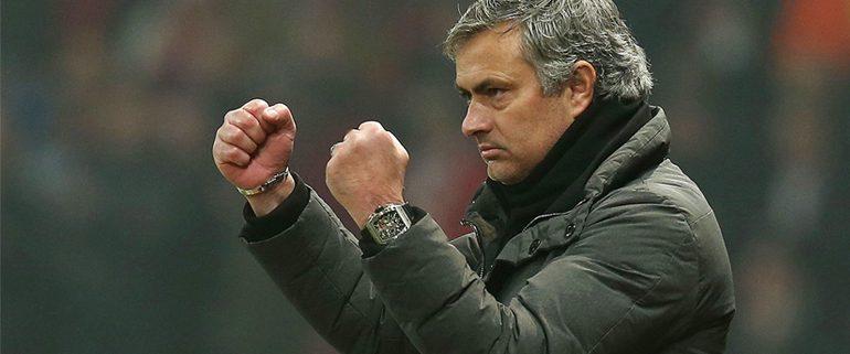 Manchester United Jose Mourinho celebrating