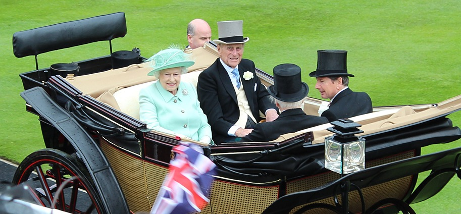 Royal Ascot - Royal Procession: The Queen and her husband